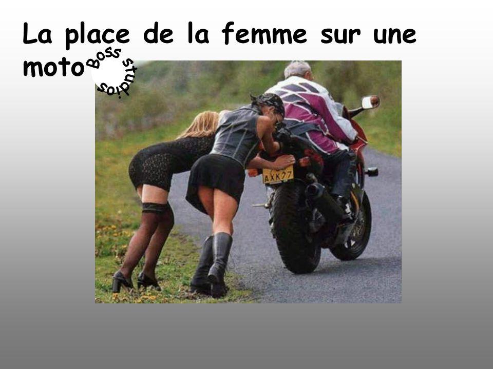 La place de la femme sur une moto