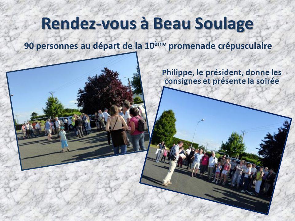 Rendez-vous à Beau Soulage 90 personnes au départ de la 10 ème promenade crépusculaire Philippe, le président, donne les consignes et présente la soirée