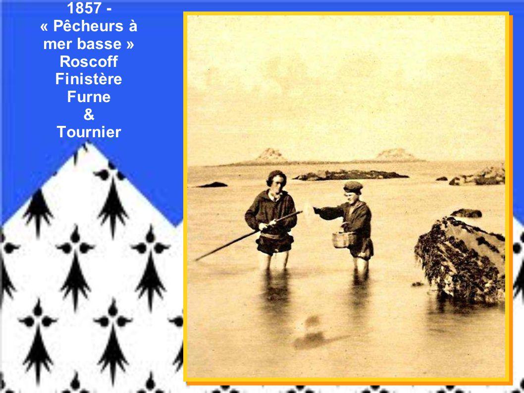 1910 – Femmes au lavoir – Pont-Croix – Finistère - Anonyme 1905 - Cortège de mariage – Scrignac - Finistère - Anonyme