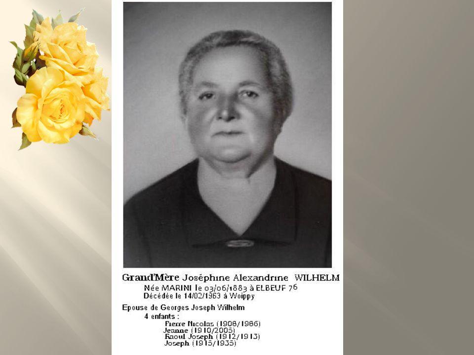 A eu 3 enfants; - Jean-Marie (05/01/1930) - Henriette (01/07/1935 - Claude (24/07/1946) Notre Mère :