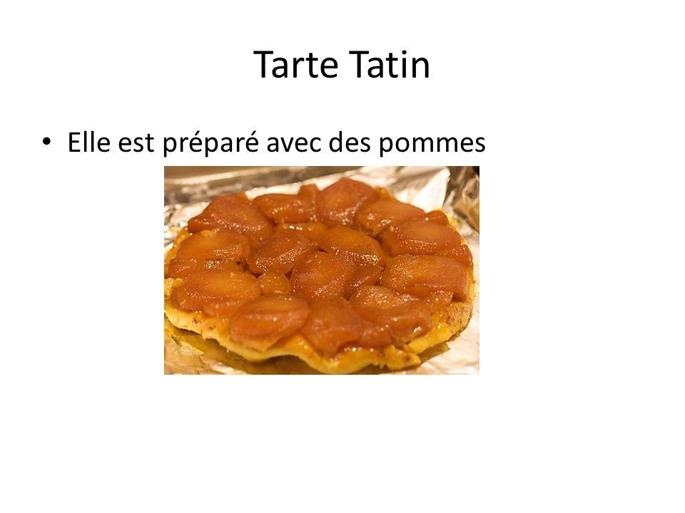 Tarte Tatin Elle est préparé avec des pommes
