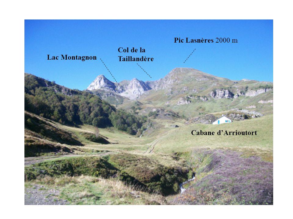 Cabane d'Arrioutort Pic Lasnères 2000 m Col de la Taillandère Lac Montagnon