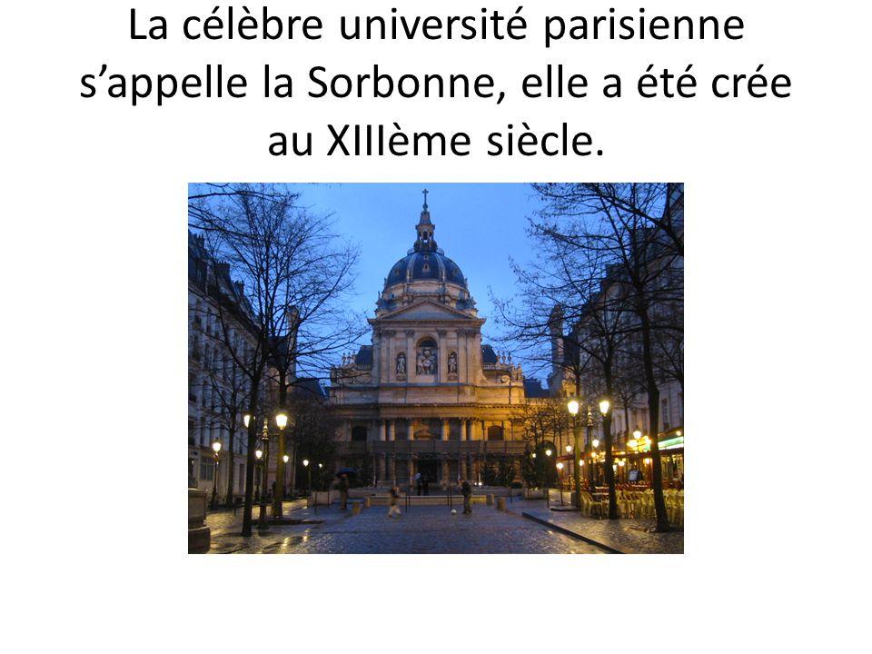 Le surnom de Paris est la ville lumière.