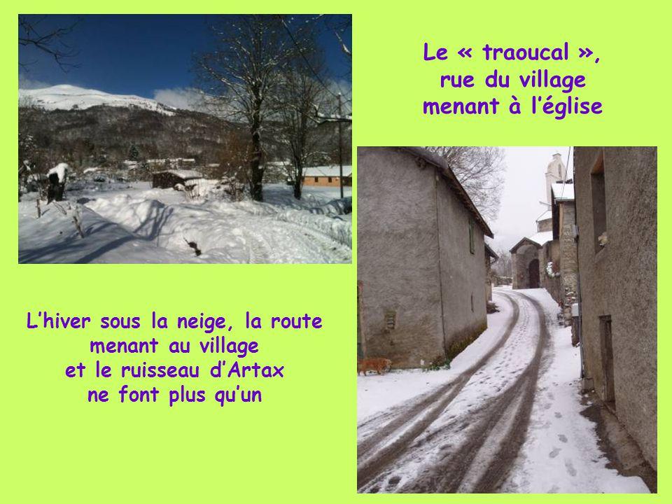 Le Moulin et son « goutas » qui servait de piscine aux enfants du village Le Moulin retauré s'est transformé en Restaurant « La Langoust de Gourbit »