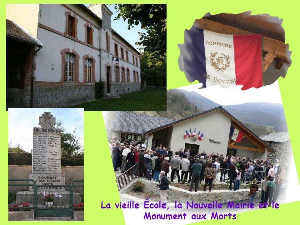 La vieille École, la Nouvelle Mairie et le Monument aux Morts