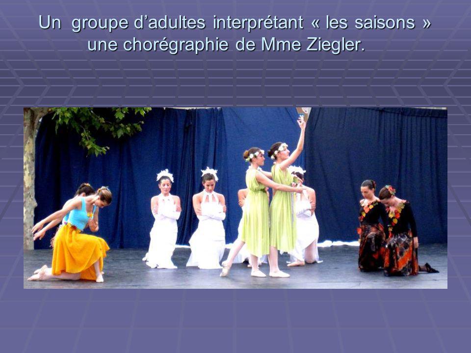 Un aperçu de l'investissement de nos jeunes danseuses classiques.
