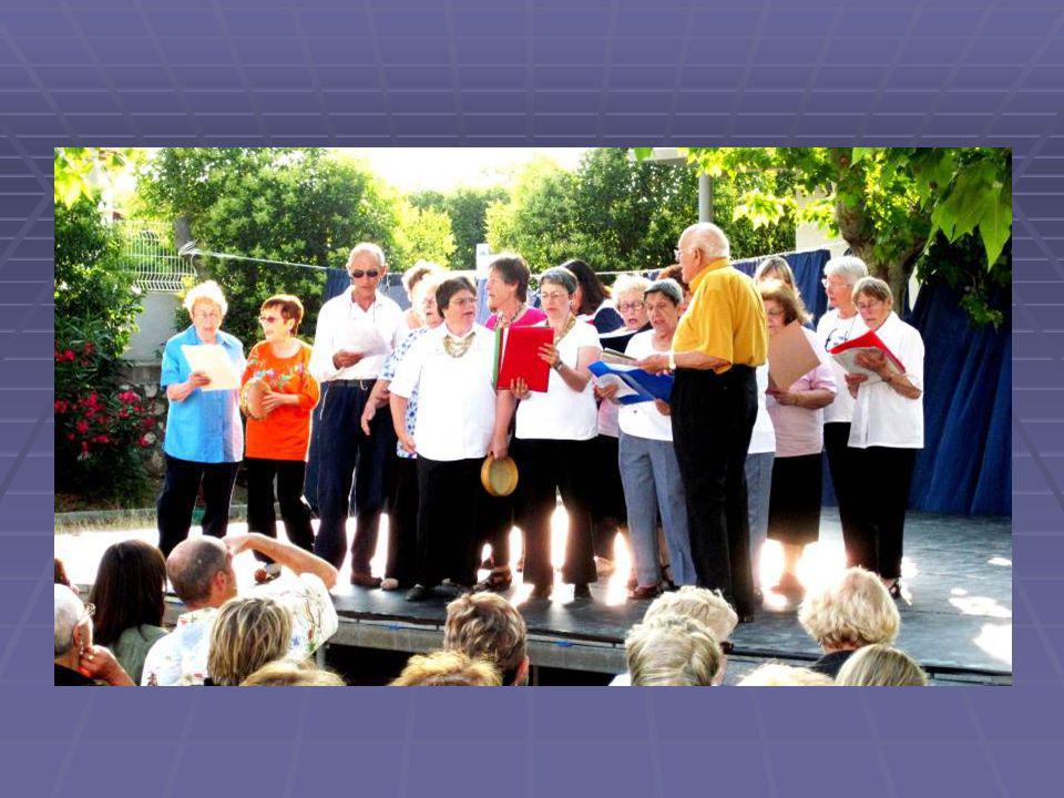 Notre association propose différentes sections d'activités sportives et culturelles, dont le club chantant et le club de citoyens. Nous avons égalemen