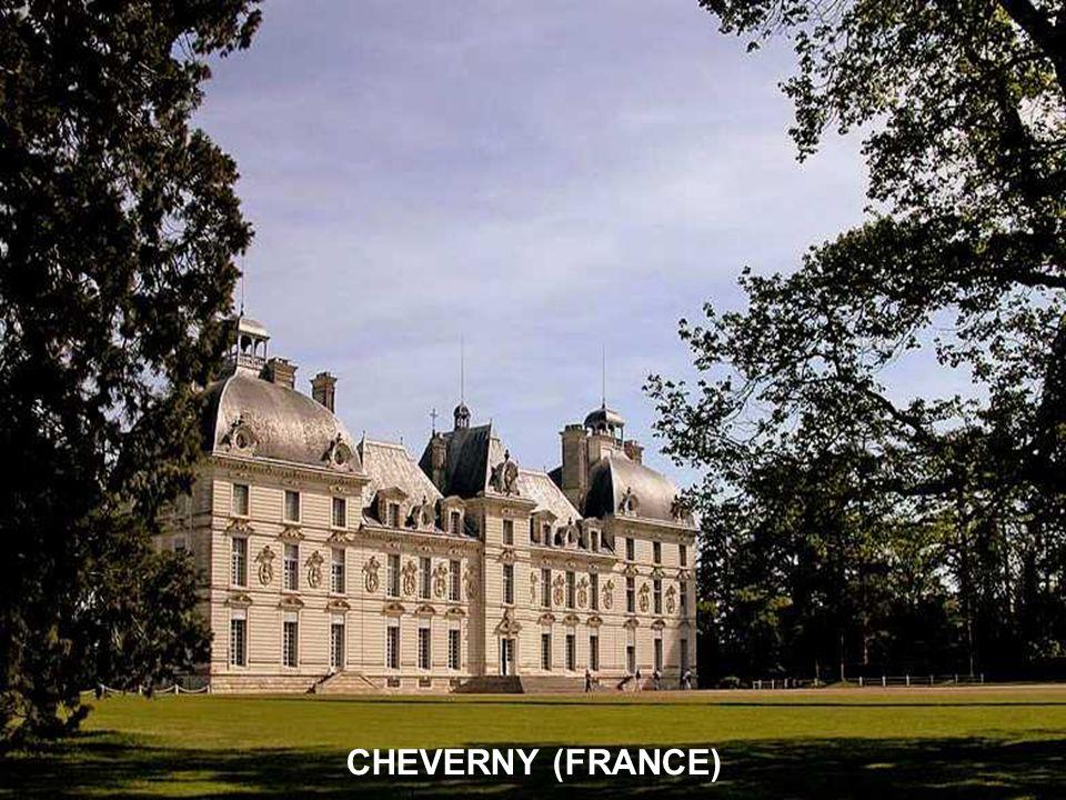 CHEVERNY (FRANCE)