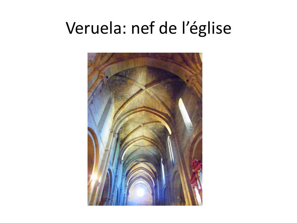 Veruela: nef de l'église