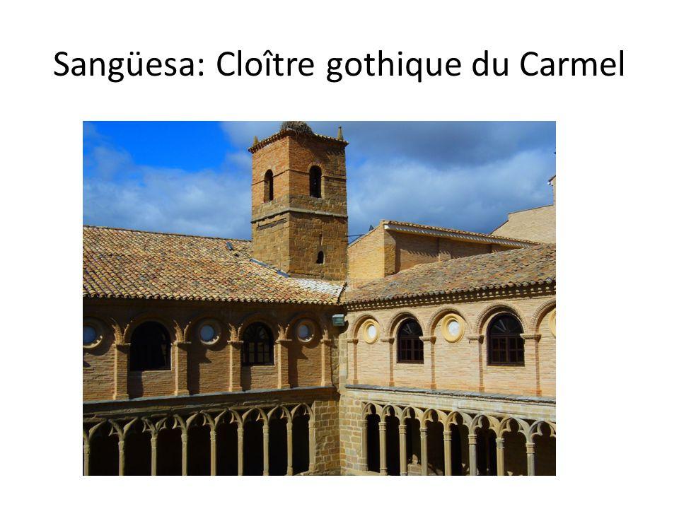 Sangüesa: Cloître gothique du Carmel