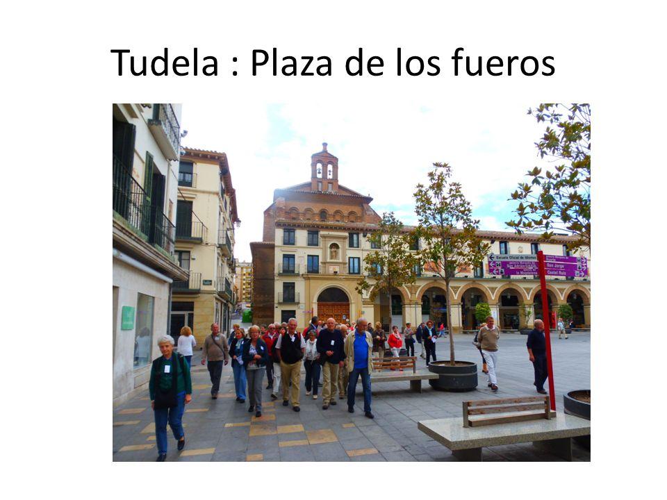 Tudela : Plaza de los fueros