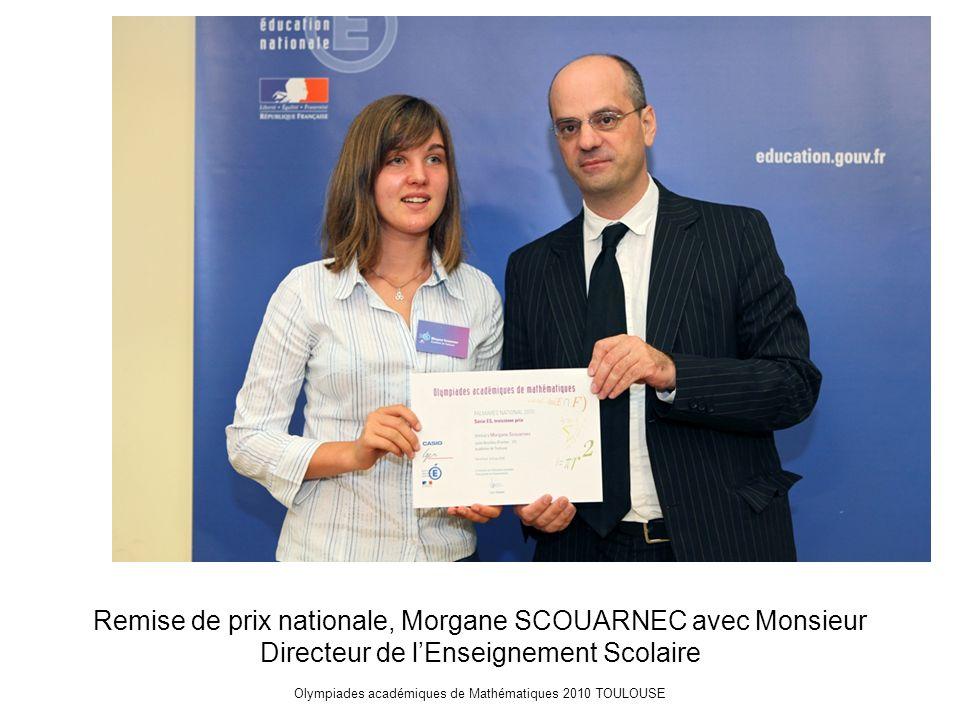 Olympiades académiques de Mathématiques 2010 TOULOUSE Remise de prix nationale, Morgane SCOUARNEC avec Monsieur Directeur de l'Enseignement Scolaire
