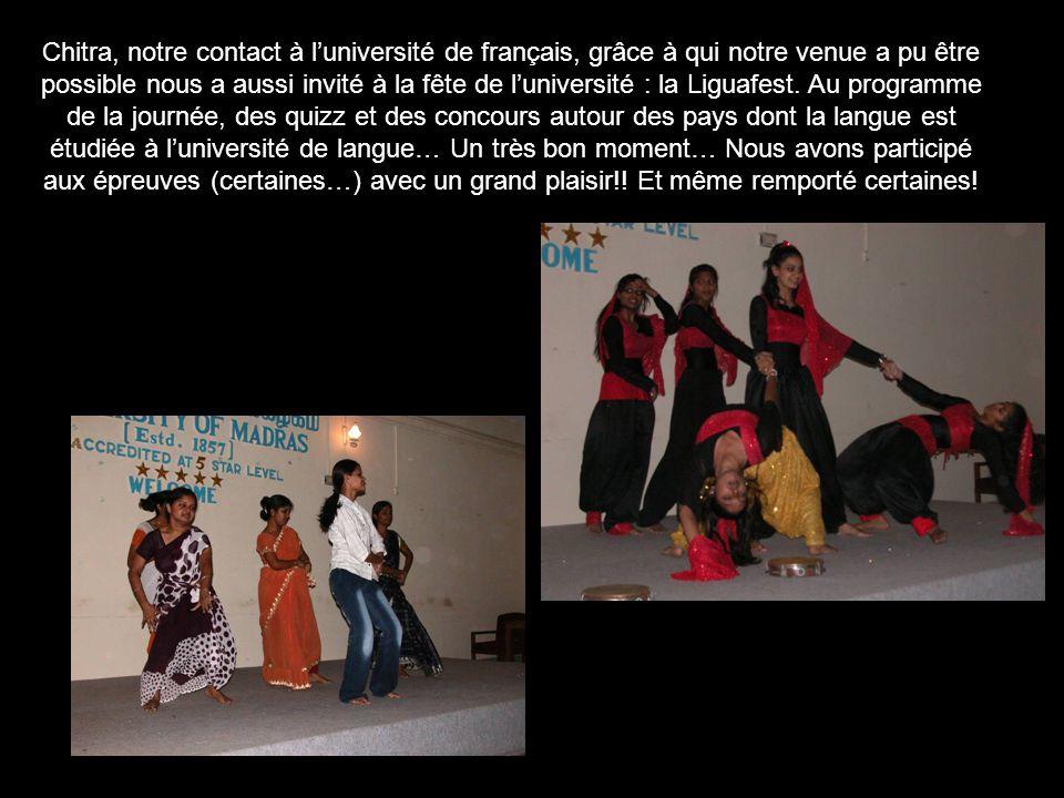 Chitra, notre contact à l'université de français, grâce à qui notre venue a pu être possible nous a aussi invité à la fête de l'université : la Liguafest.