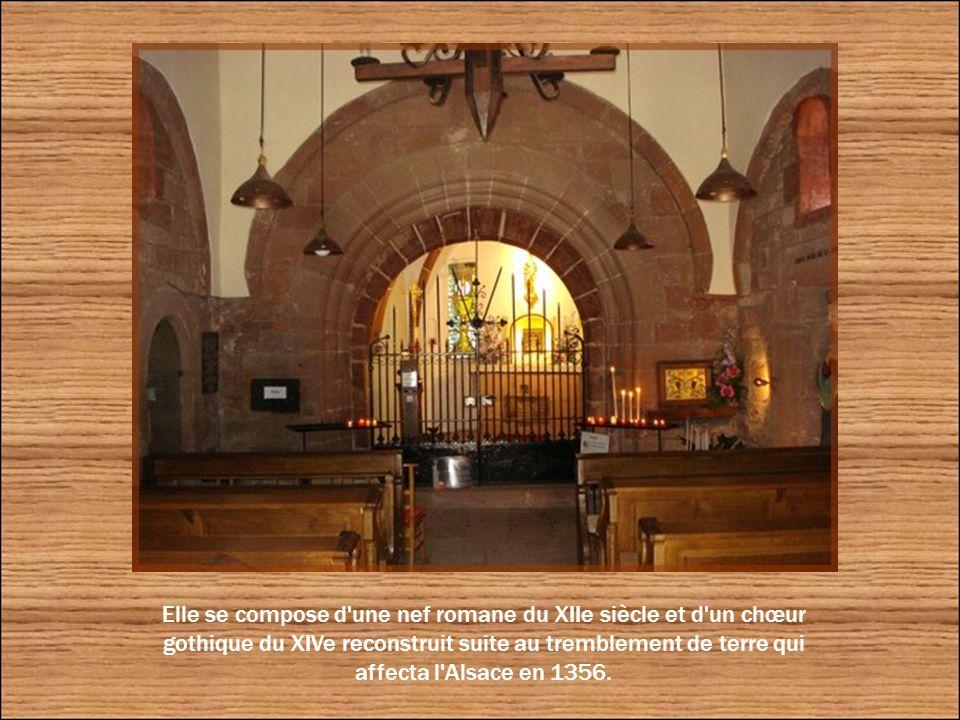 Dédiée à Saint-Nicolas, la chapelle remonte au XIIe siècle et a été décorée de magnifiques frises lombardes, voire de sculptures diverses. Elle a été