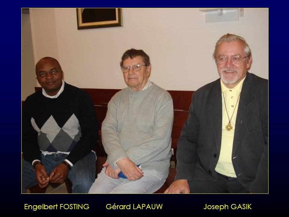 Crédo lu par les Pères Engelbert, Gérard et Joseph
