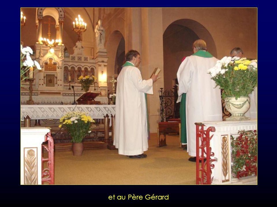 Remise des Evangiles aux Pères Engelbert et Joseph