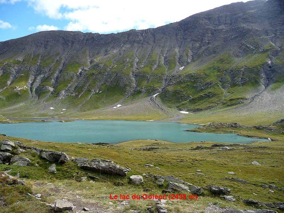 Le refuge du Goléon (2480 m)