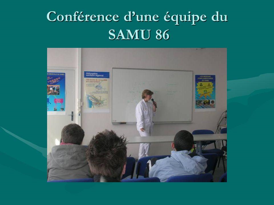 Conférence d'une équipe du SAMU 86