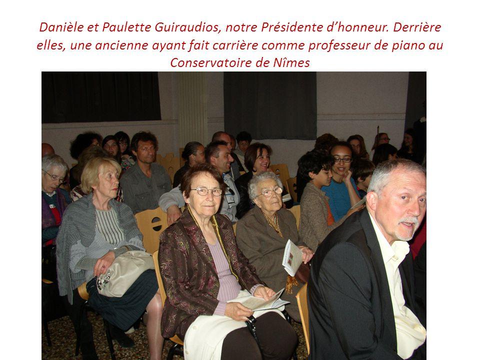 Danièle et Paulette Guiraudios, notre Présidente d'honneur.
