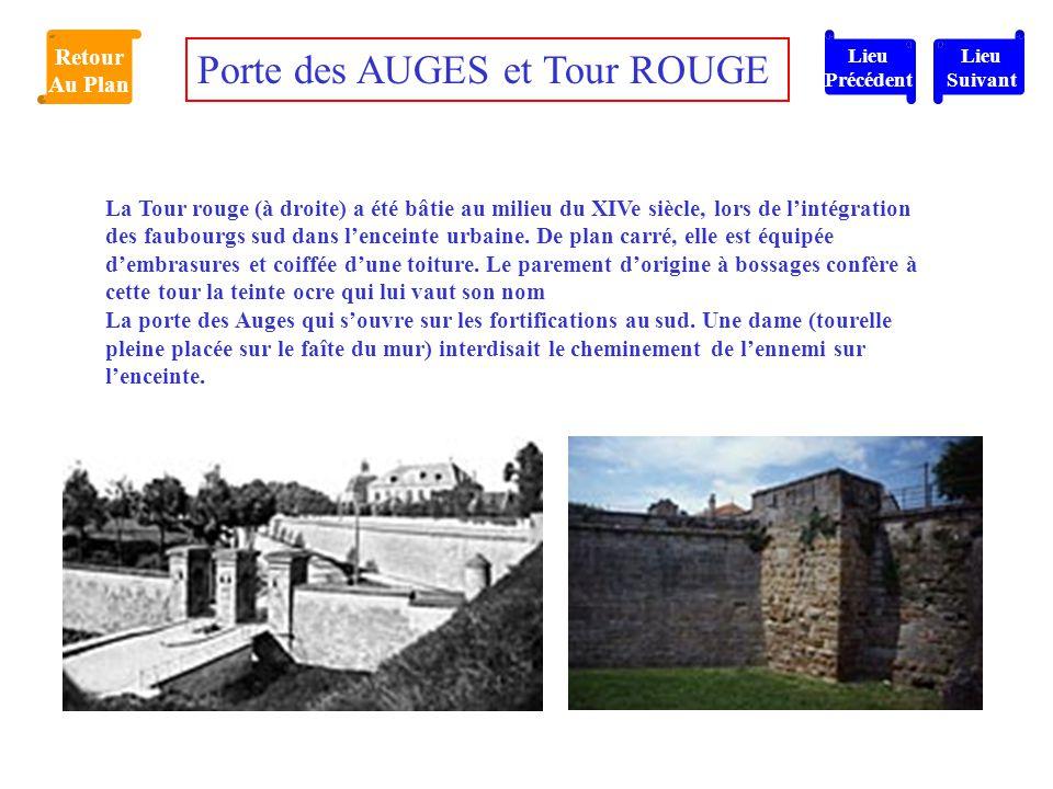 La Tour rouge (à droite) a été bâtie au milieu du XIVe siècle, lors de l'intégration des faubourgs sud dans l'enceinte urbaine. De plan carré, elle es