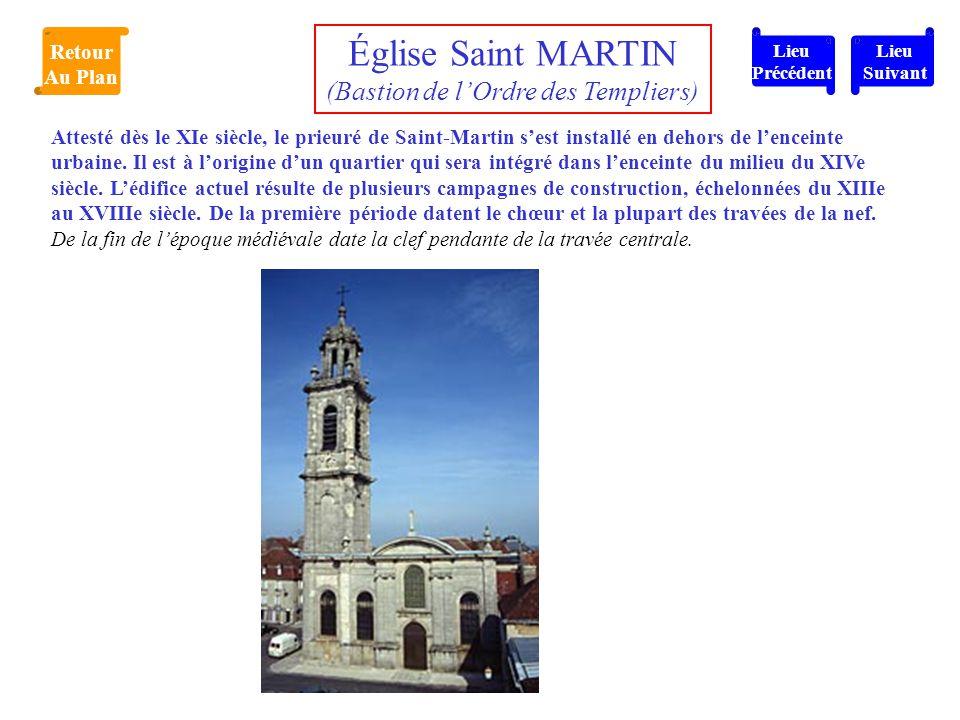 Attesté dès le XIe siècle, le prieuré de Saint-Martin s'est installé en dehors de l'enceinte urbaine. Il est à l'origine d'un quartier qui sera intégr