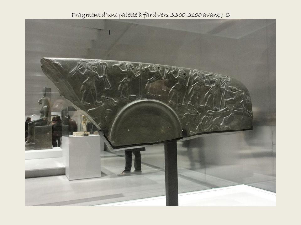 Fragment d'une palette à fard vers 3300-3100 avant J-C