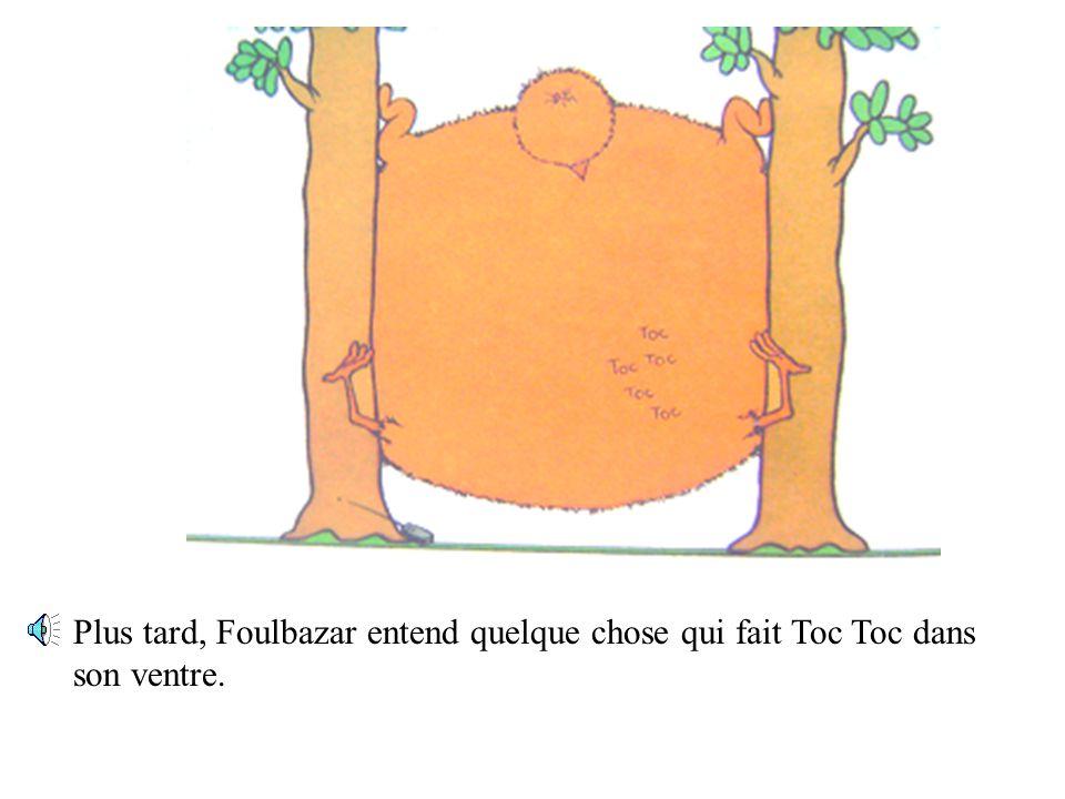 Il devient tellement gros qu'il se coince entre les deux arbres.
