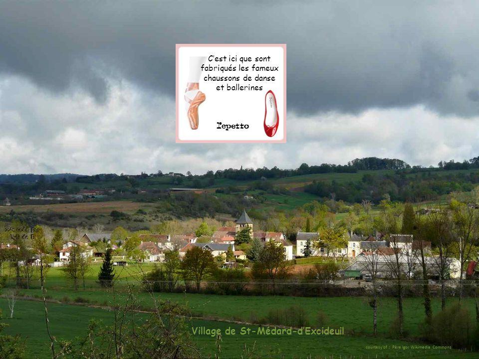 Village de St-Médard-d'Excideuil courtesy of : Père Igor Wikimedia Commons C'est ici que sont fabriqués les fameux chaussons de danse et ballerines