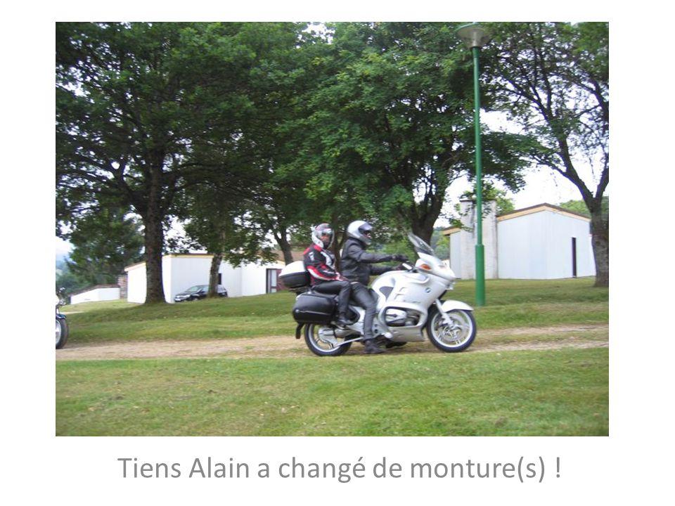 Tiens Alain a changé de monture(s) !