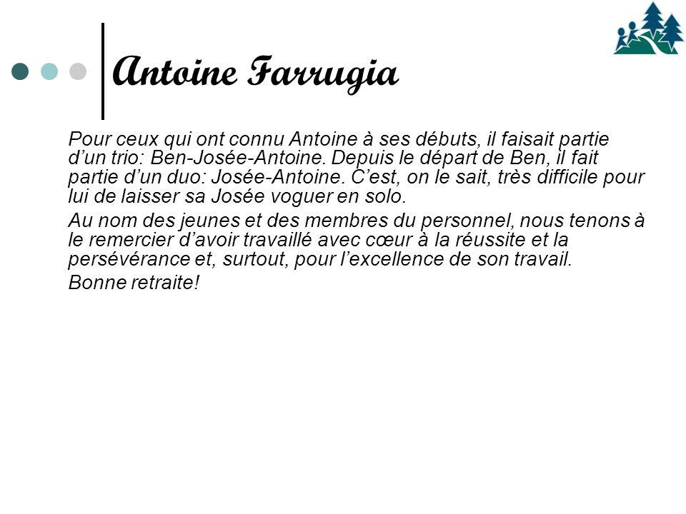 Pour ceux qui ont connu Antoine à ses débuts, il faisait partie d'un trio: Ben-Josée-Antoine. Depuis le départ de Ben, il fait partie d'un duo: Josée-