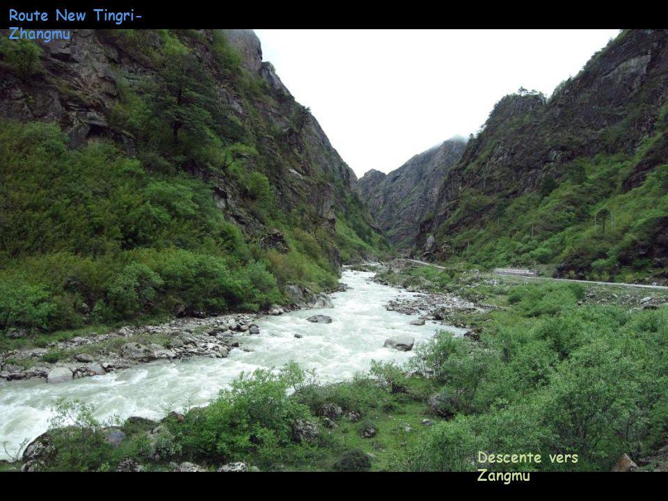 Route New Tingri- Zhangmu