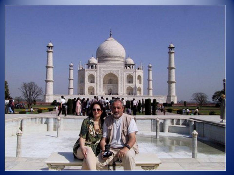 Le « Taj Mahal » à Agra (Indes)