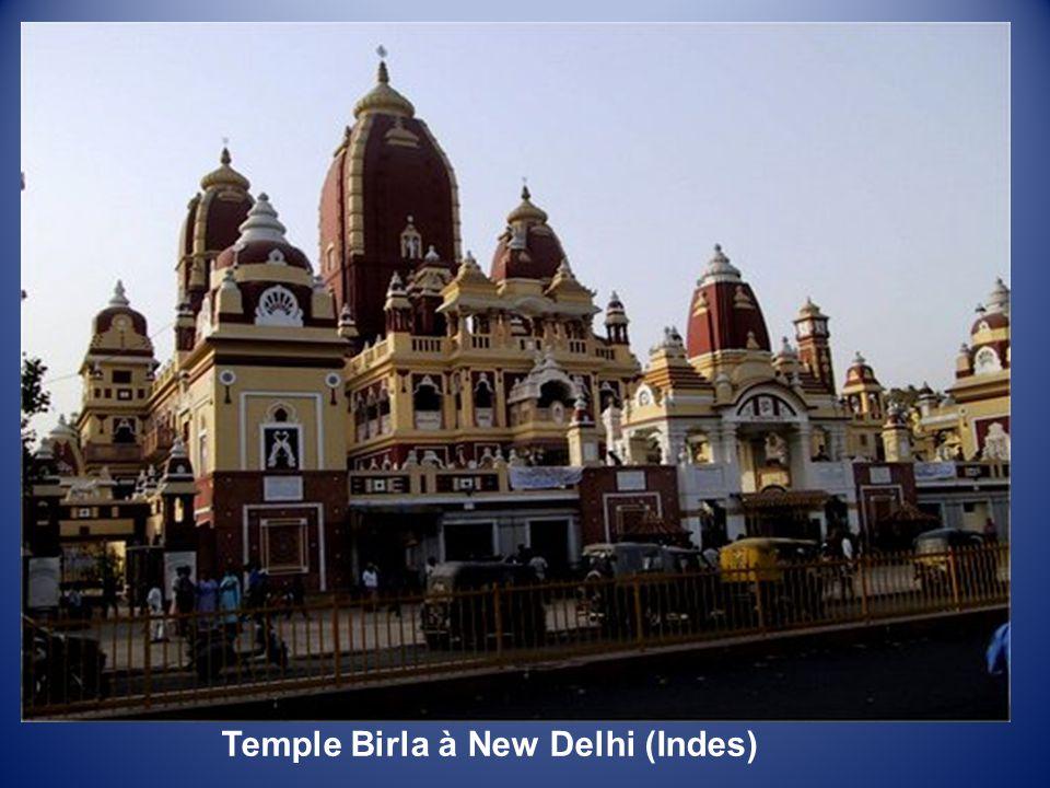 Tombe du Mahatma Gandhi à New Delhi (Indes)