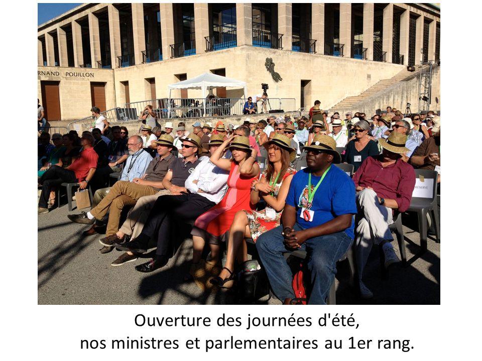 Ouverture des JDE avec Michèle Rivasi, députée européenne, très offensive.