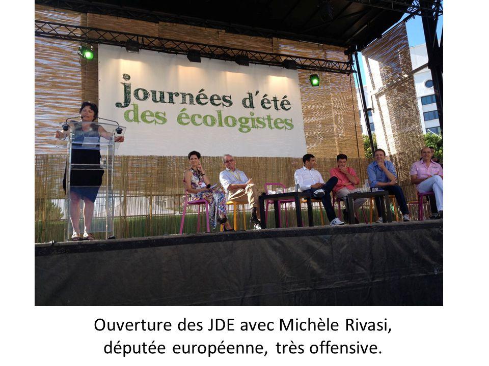 Eva Joly, députée européenne, très applaudie à l ouverture des jde.