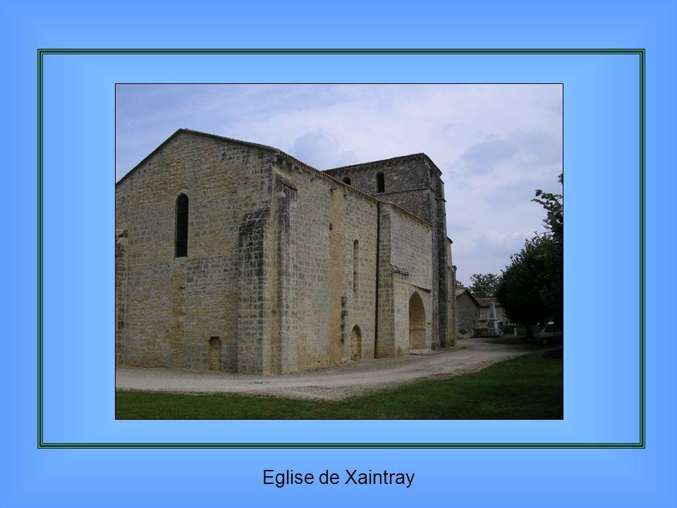 Caquetoir de l'église de Tourtenay