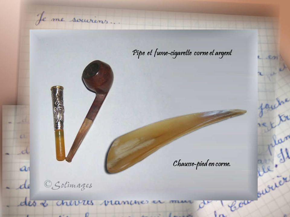 Pipe et fume-cigarette corne et argent Chausse-pied en corne.