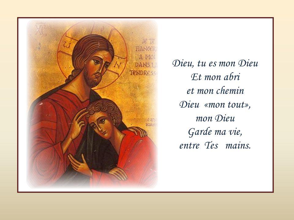 JOUR, Un Dieu d'amour Dieu notre Père est parmi nous POUR, Oui, pour toujours Bras grands ouverts Dieu avec nous.