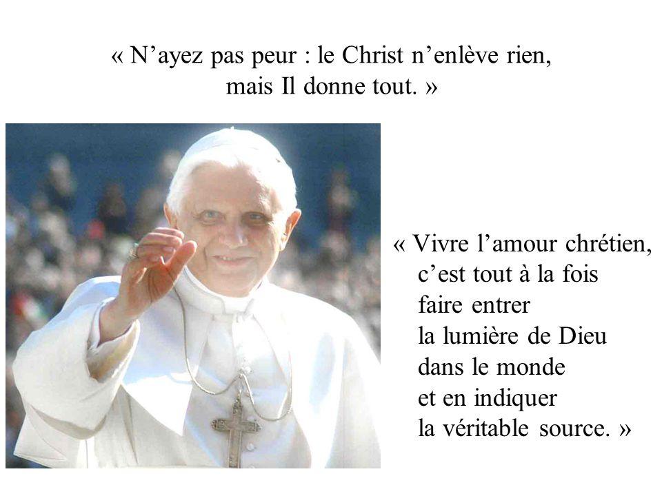 « L'Eucharistie éclaire la malédiction de la Croix en faisant d'elle une bénédiction.