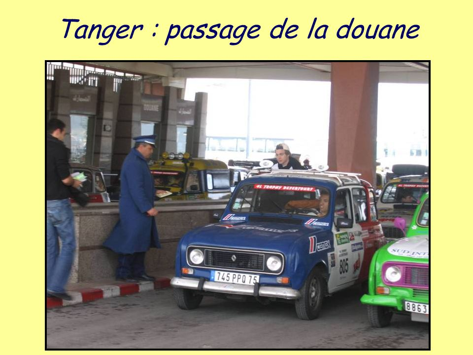 Tanger : passage de la douane