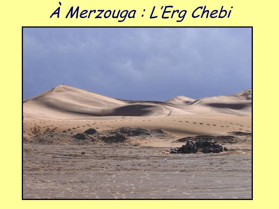À Merzouga : L'Erg Chebi