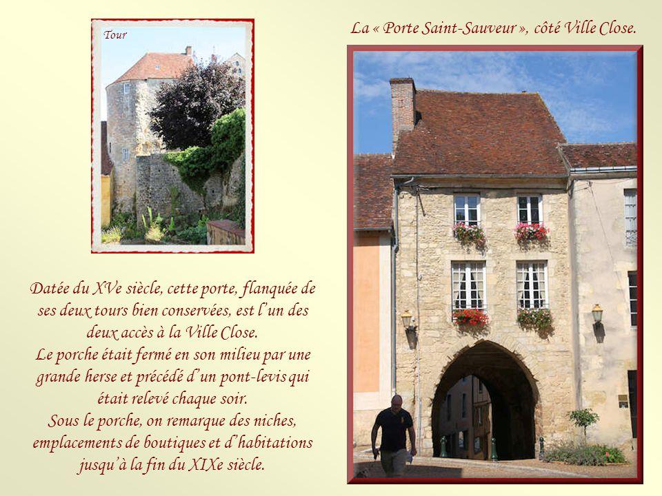 Les murs du château.