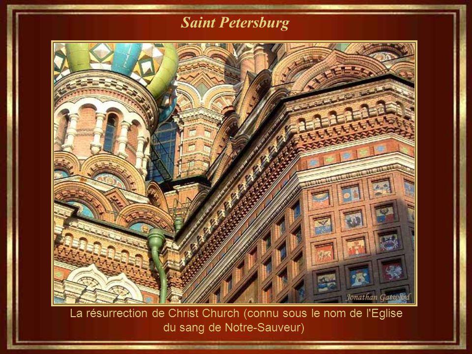 Saint Petersburg Église de la Résurrection du Christ (connu sous le nom de l'Eglise du sang de Notre Sauveur) a été construite entre 1883 et 1907