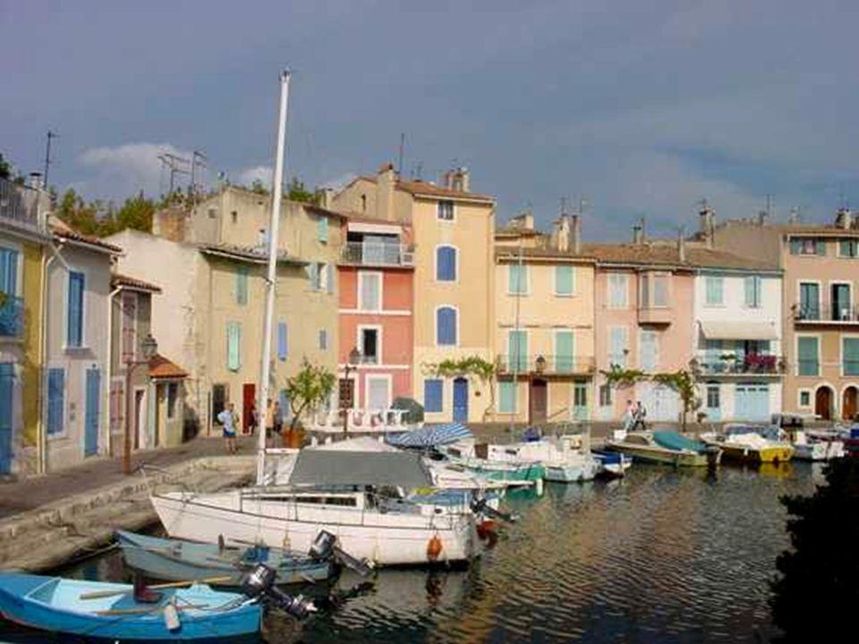 Le dicton affirme qu'à Martigues, on ne fait rien comme ailleurs, … y compris la cuisine!