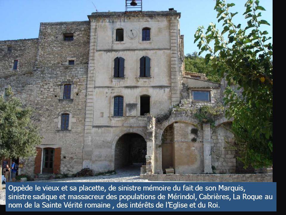 Les gorges du Régalon, en Luberon, une faille qui servit d'échappatoire lors des incursions des armées anti-hérétiques des princes et du Roy. Une viei