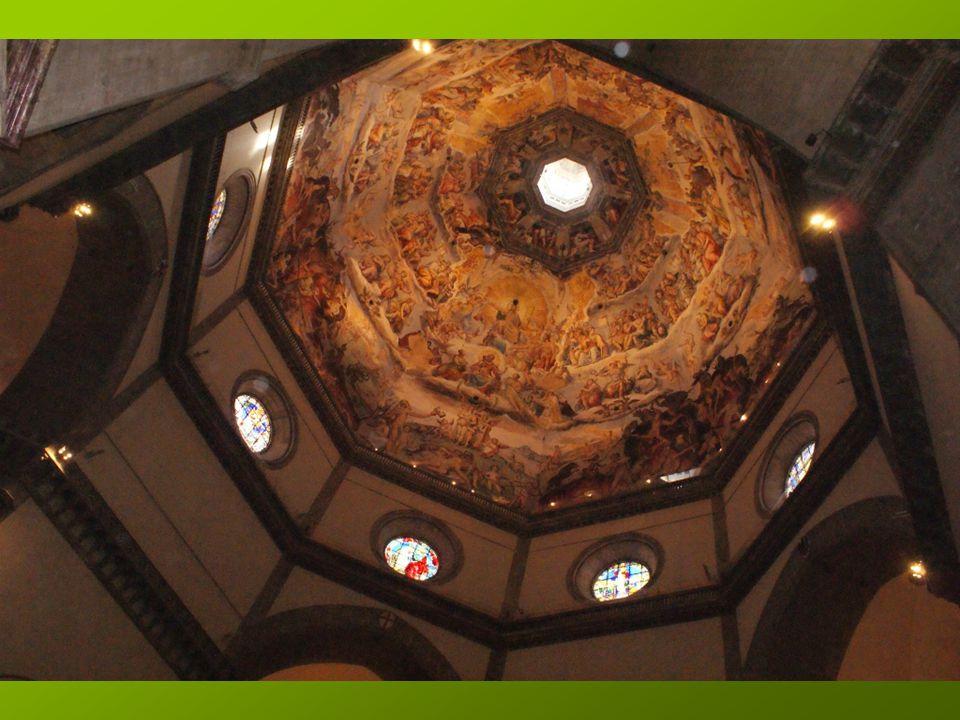 Nous visitons la Cathédrale Santa Maria del Fiore. Premier arrêt sous la coupole et ses 3600 m² de fresques, avec pour thème, le Jugement dernier.