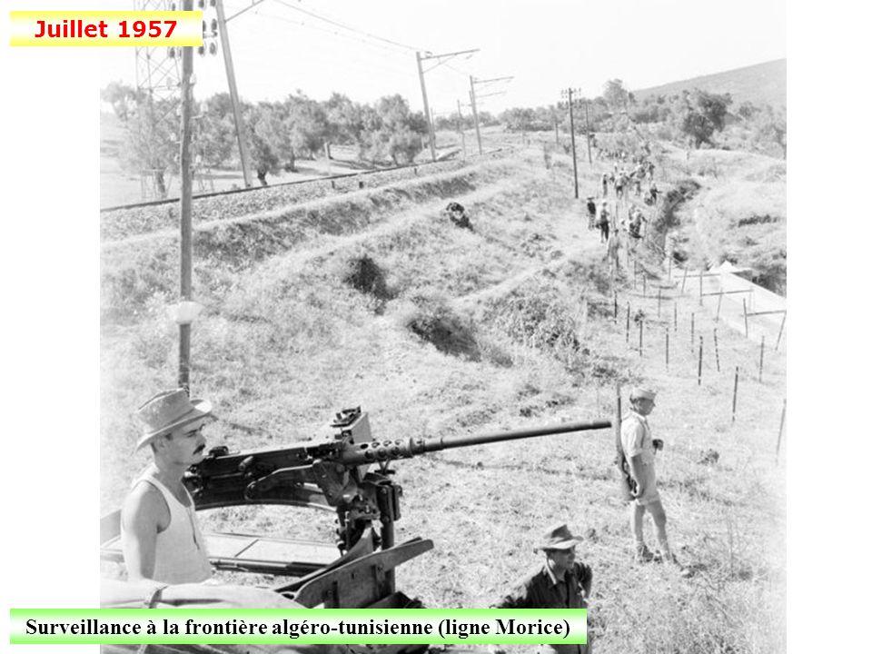 14 juillet 1957 Défilé dans les rues d'Alger