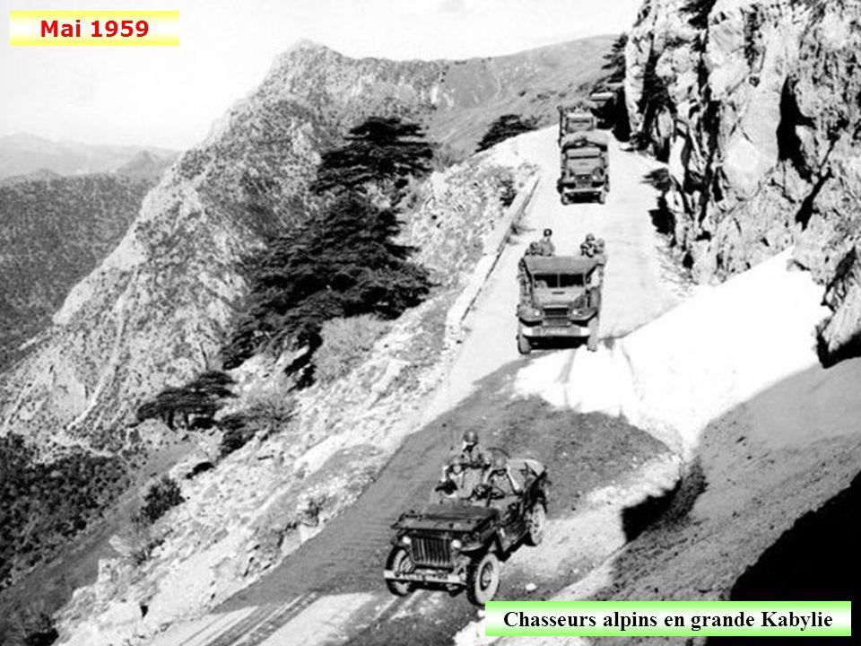 Décembre 1958 Construction de l'oléoduc Hassi-Messaoud-Bougie