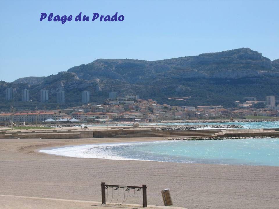 La ville vue du sommet des collines de Marseilleveyre