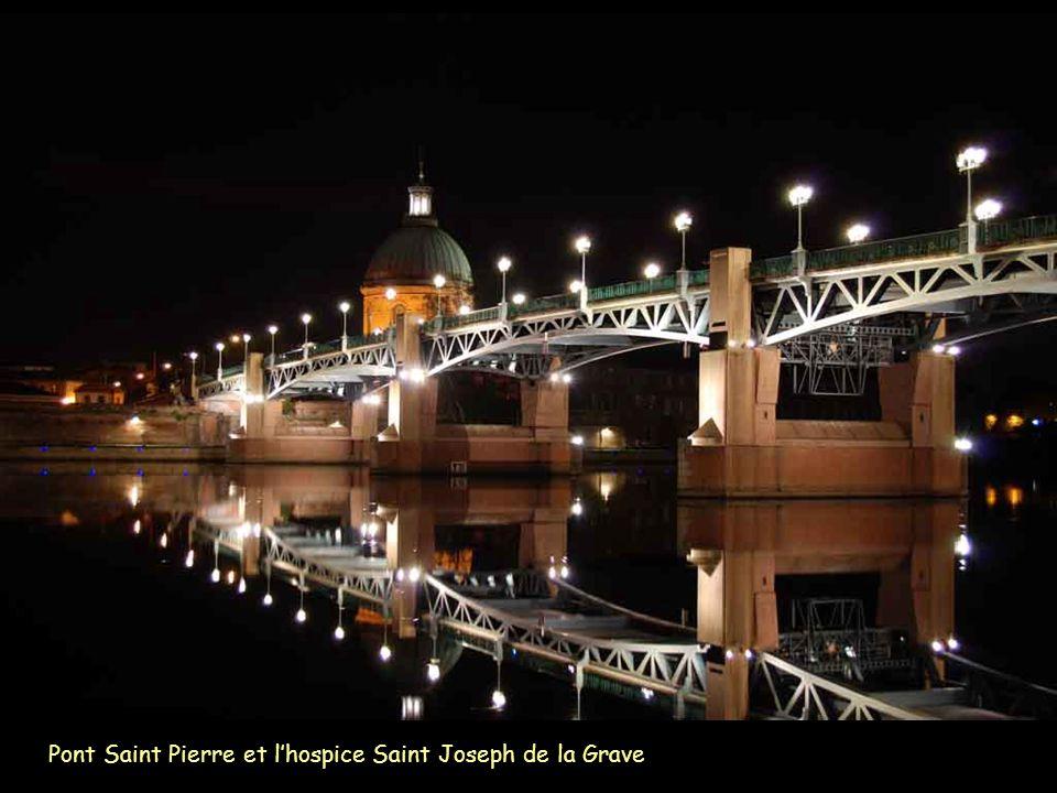 Pont Saint Pierre et l'hospice Saint Joseph de la Grave